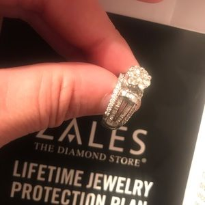 *SOLD*1 1/4 CTW 10K diamond ring w/ warranty/ bond